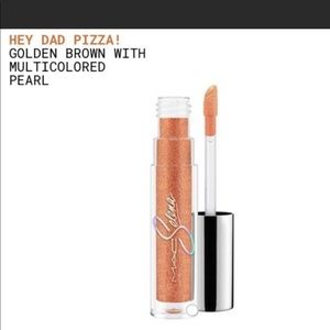 Brand New MAC Selena Hey Dad Pizza Lipglass